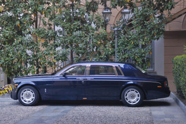 2005 Rolls-Royce Phantom LWB Gallery