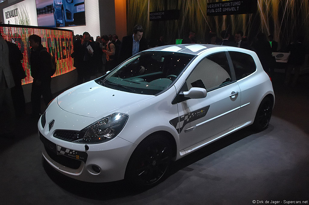 2007 Renault Clio F1 Team Share 2 Renault Supercars