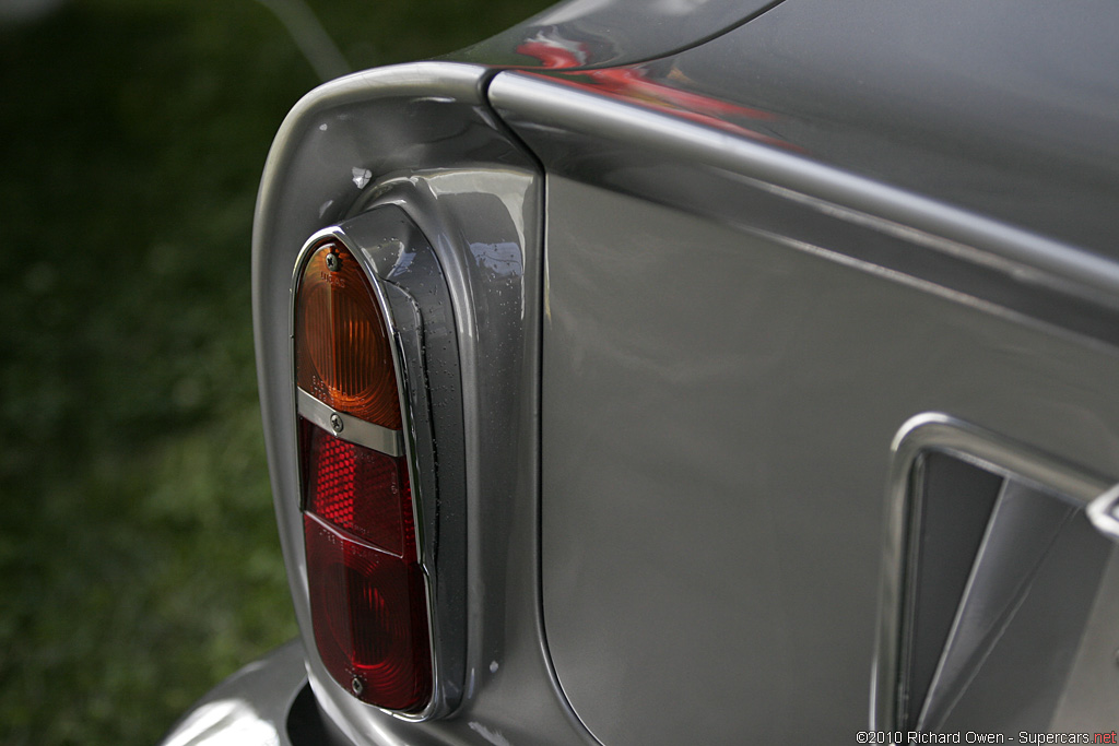 1969 Aston Martin DB6 Mark 2 Vantage Gallery