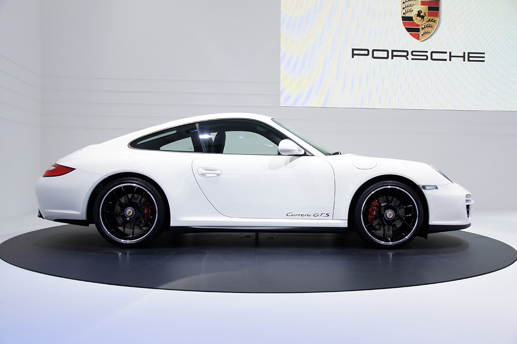 2010 Porsche 911 Carrera GTS Coupé Gallery