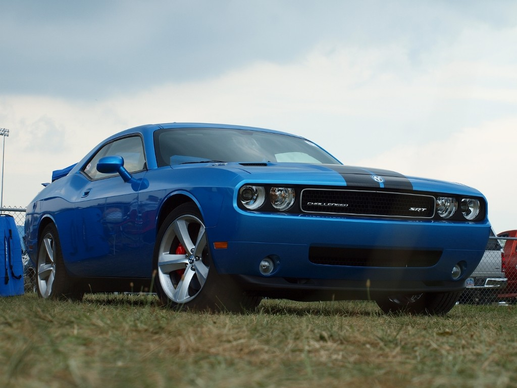 2008 dodge challenger srt8 gallery dodge. Black Bedroom Furniture Sets. Home Design Ideas