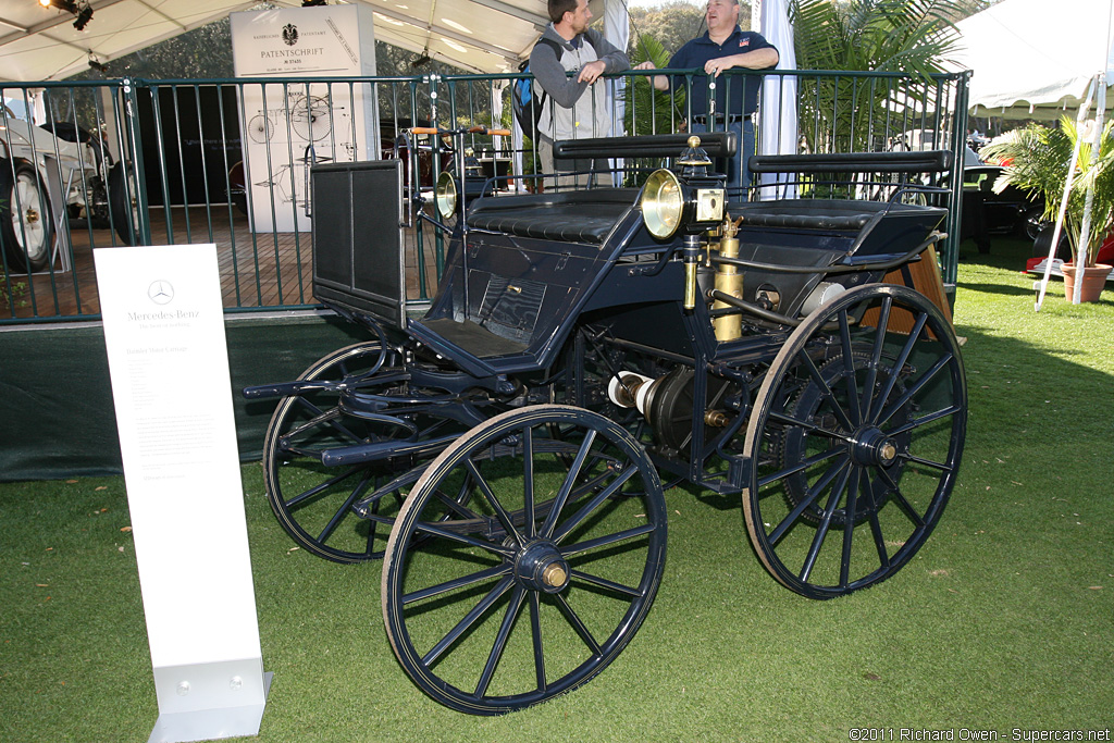 Story by DaimlerChrysler. 1886 Daimler Motorized Carriage