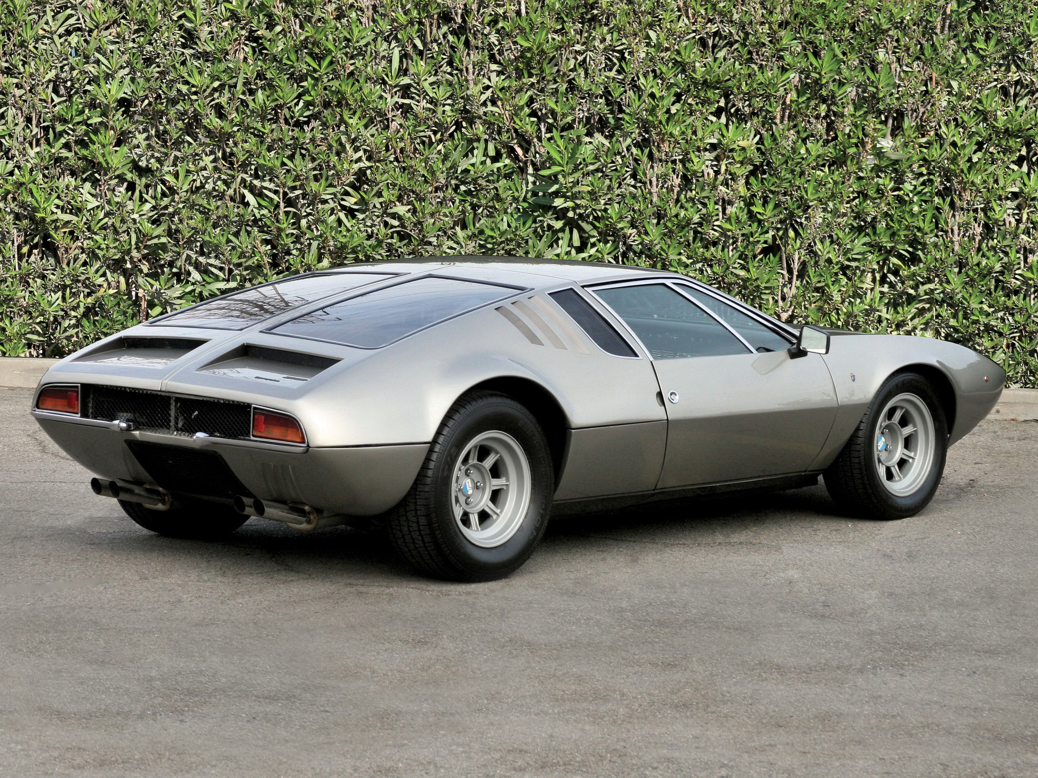 1967 De Tomaso Mangusta Top Car Design Rating And Specifications