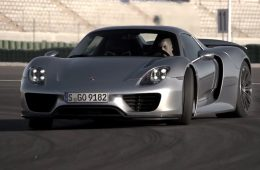 918 supercar of the year 2013