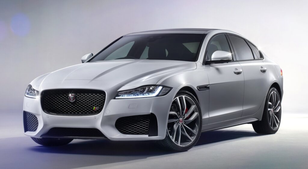 2016-Jaguar-XF-Sport-Wallpaper-Background