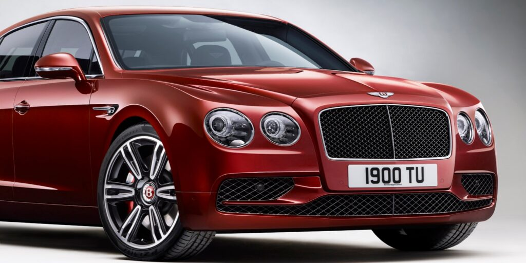 Flying Spur V8S_Front_3_qtr_rgb 1398 x 699