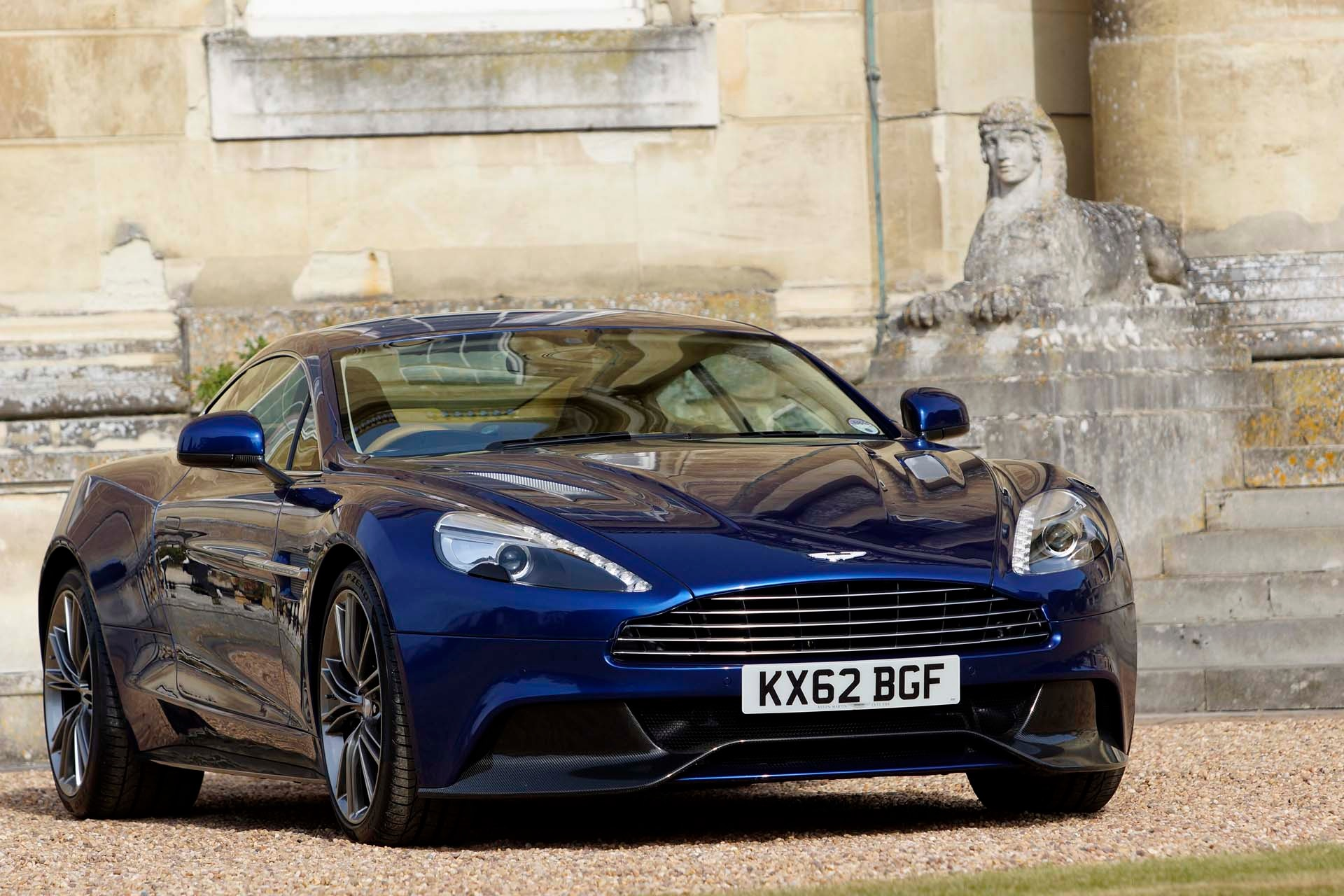 video introducing the 2017 aston martin vanquish s. Black Bedroom Furniture Sets. Home Design Ideas