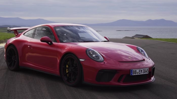 A Closer Look at the 2018 Porsche 911 GT3