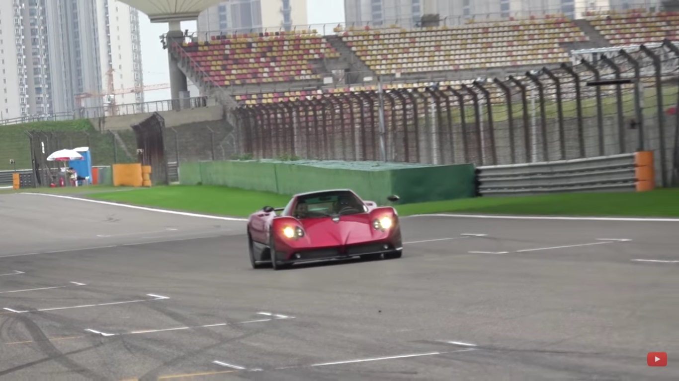 Get Ready For About 25 Minutes of Pagani Action
