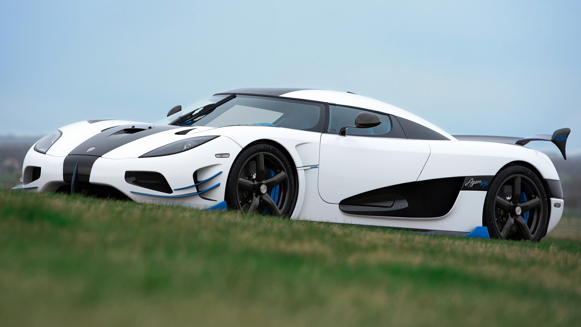 limited edition koenigsegg agera rs1 supercar wallpaper