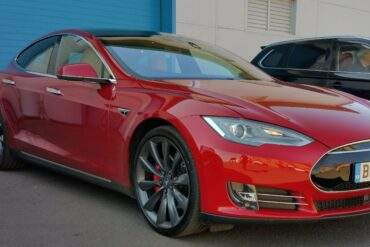 Tesla Model S P90D | photo credit Jack Matthews McMotorsCars.Blogspot.co.uk