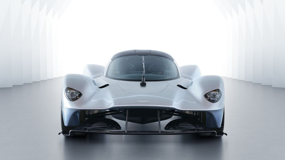 Aston Martin Valkyrie Hypercar Specs Revealed In Near Production Form - Aston martin specs
