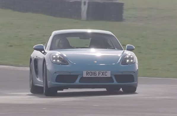 Porshce 718 Cayman S Going All Out on Anglesey Circuit