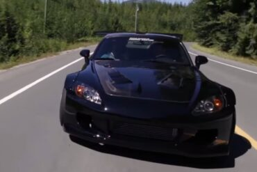Supercharged and Sleek Honda S2000 Goes for a Quick Drive
