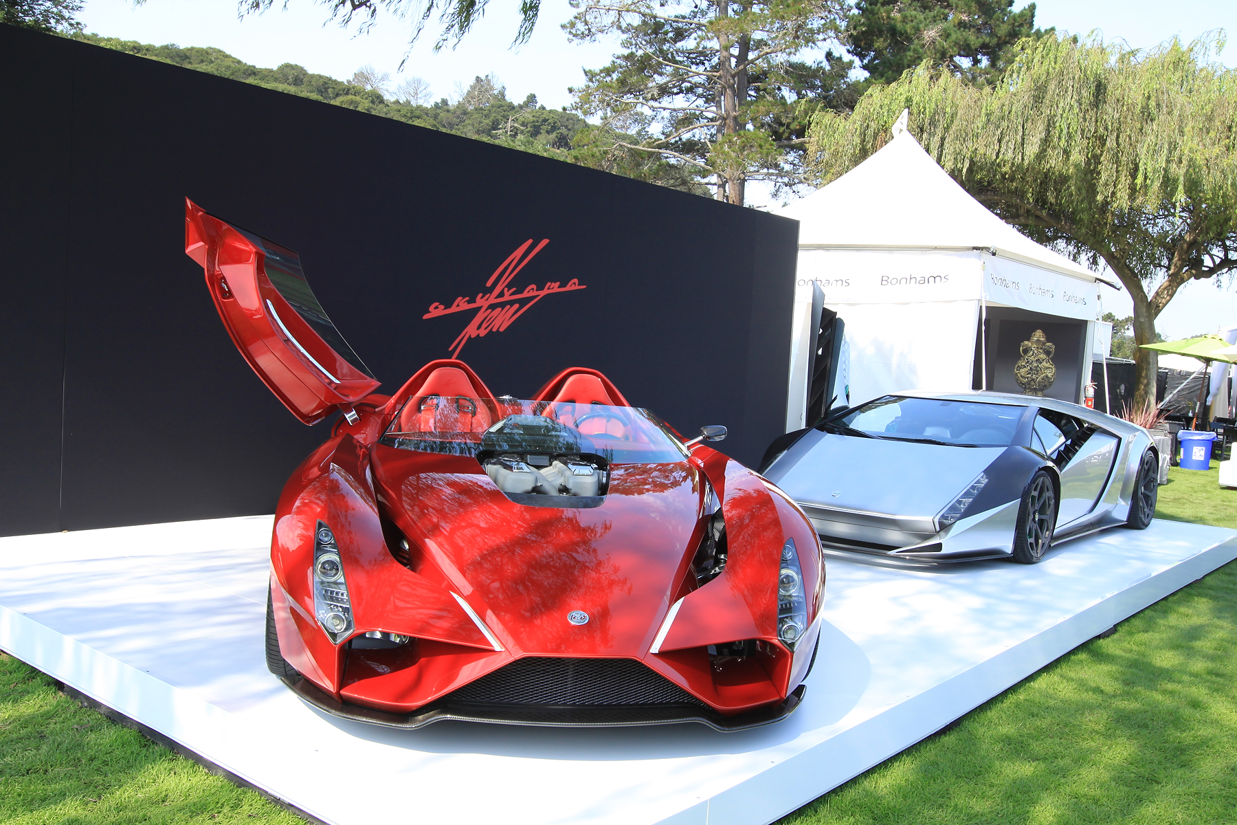 Supercars Hypercars Everything Awesome From Monterey Car Week - Monterey car show