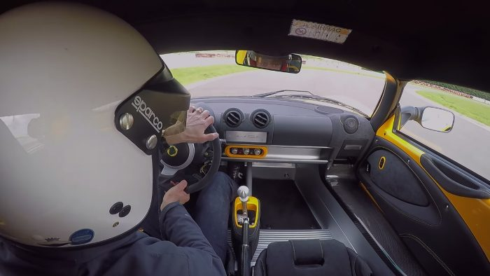 Lotus Elise Sprint 220 Goes Crazy Around the Hethel Test Track