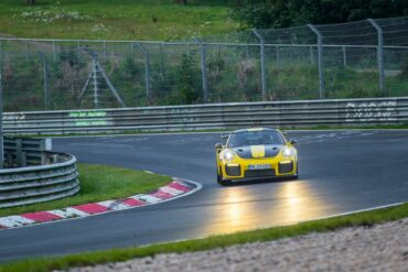 911 GT2 RS world record