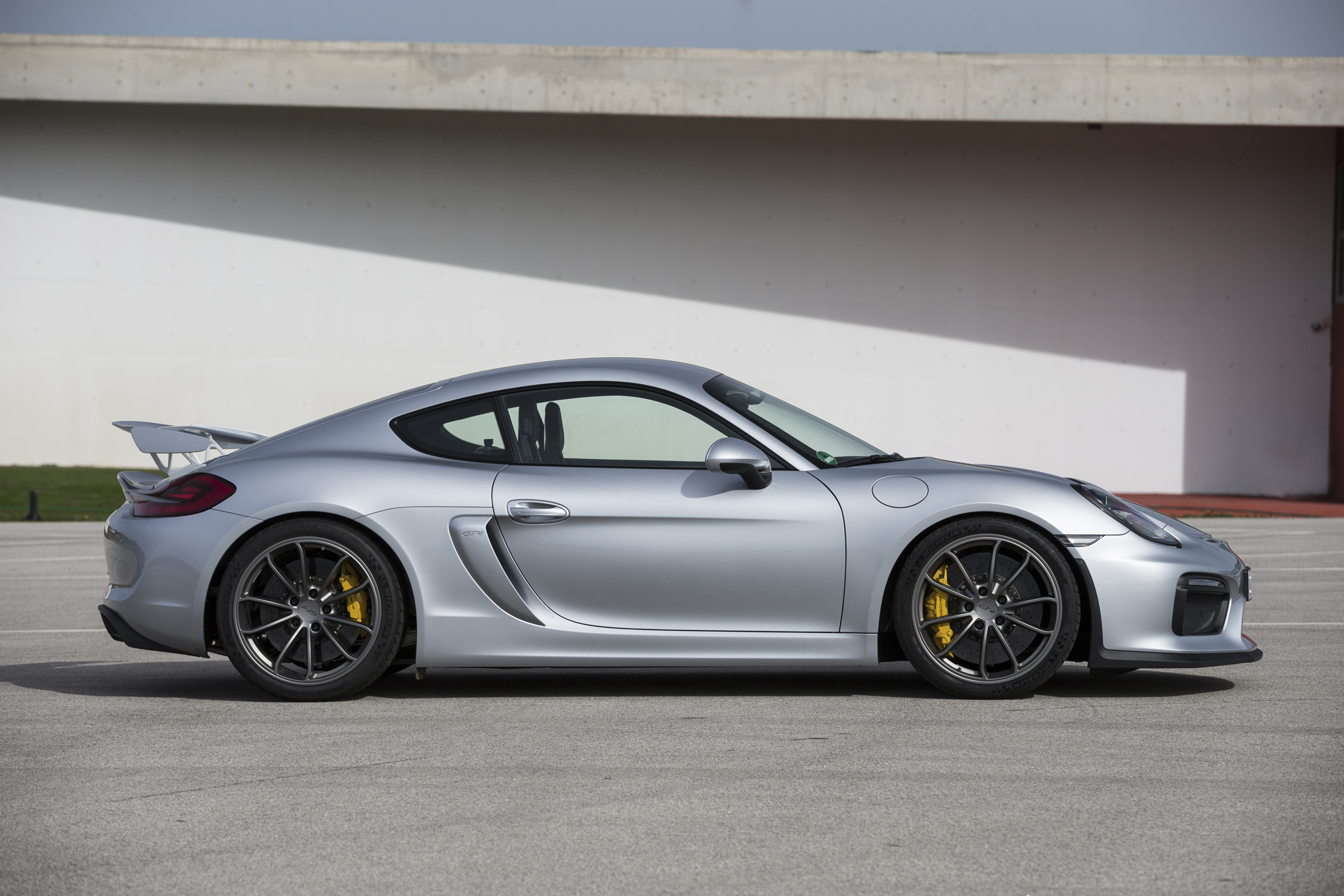Porsche Cayman GT4 Ultimate Guide: Review, Price, Specs