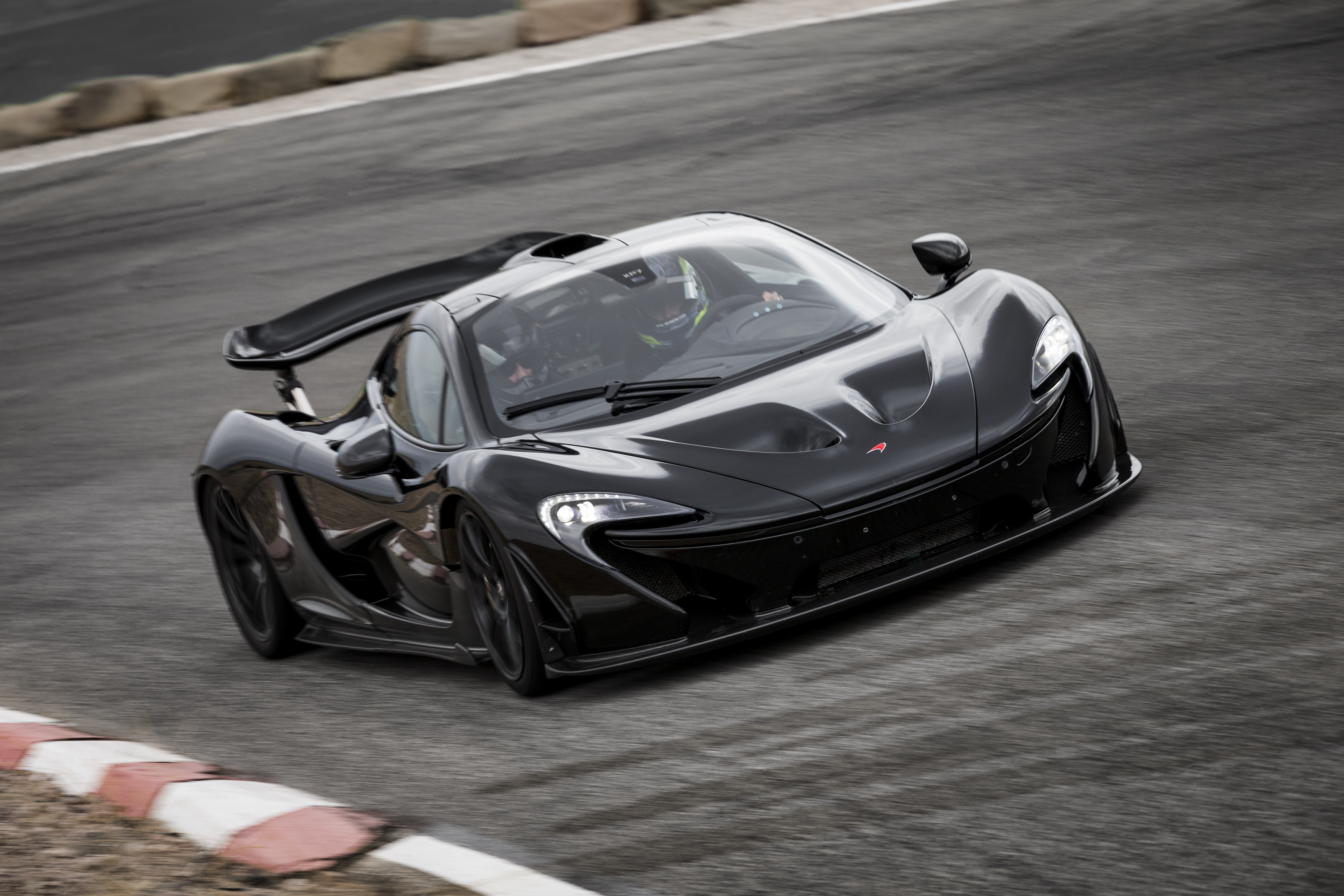 ultimate guide to the mclaren p1: review, price, specs, videos & more