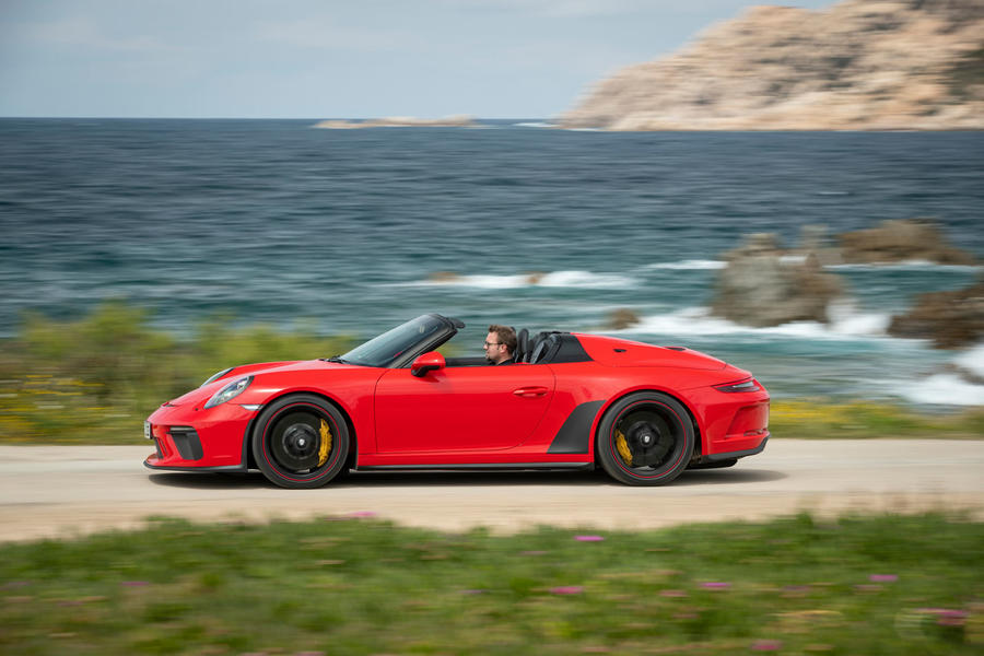 2-porsche-911-speedster-2019-fd-hero-side
