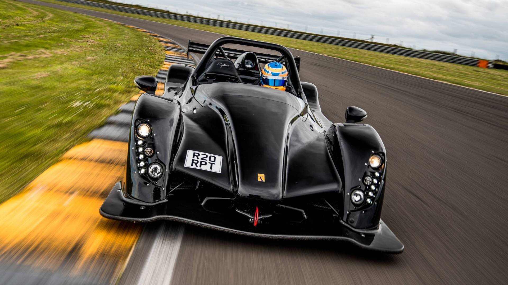 Radical Sportscars Reveals a 350 Horsepower Street Legal