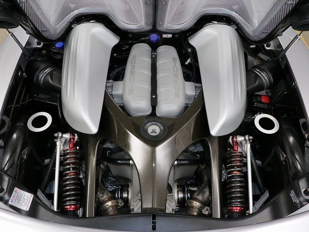 2004 Porsche Carrera GT Engine