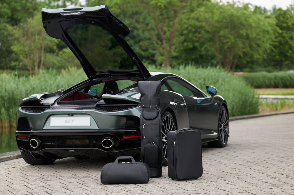 McLaren GT luggage with car