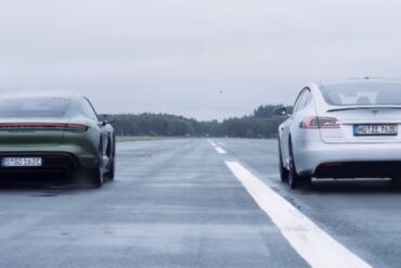 Tesla Model S vs Porsche Taycan S