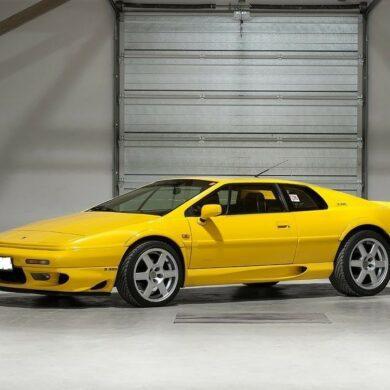 Esprit V8 GT