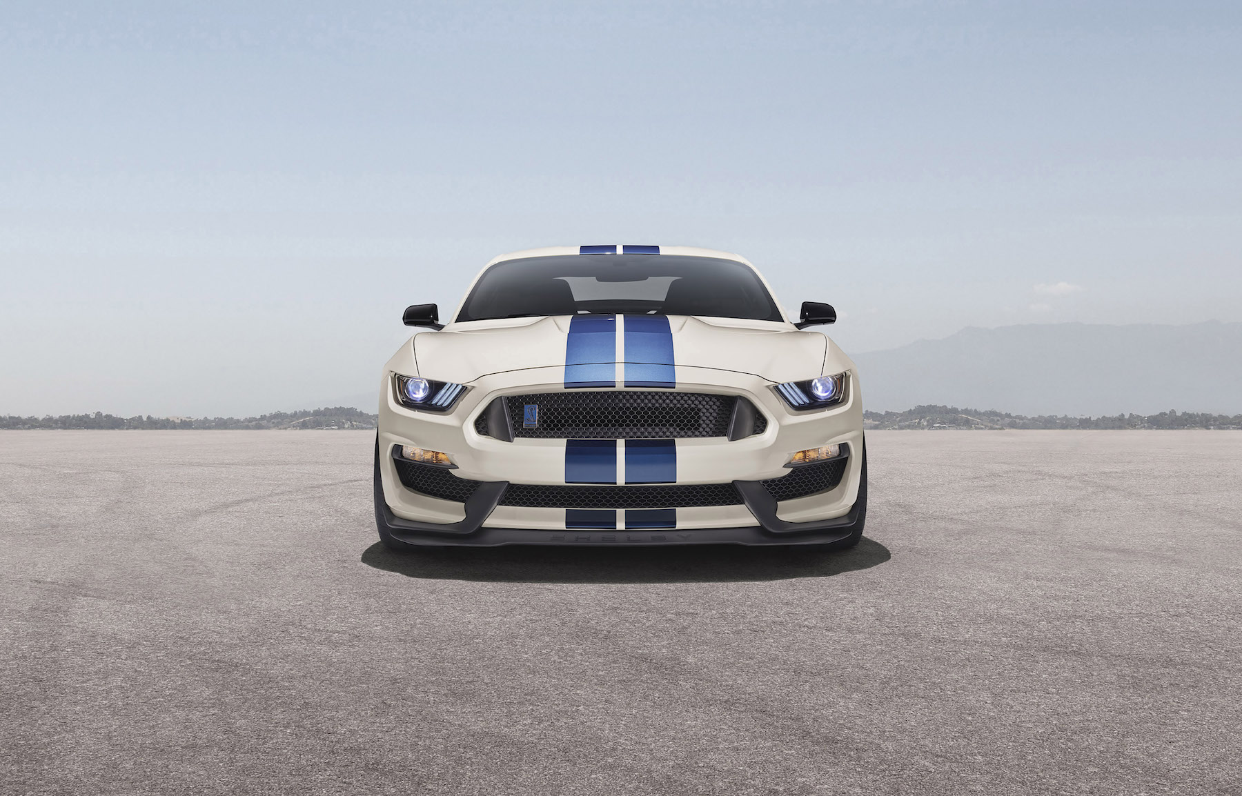 Heritage Edition Package available on 2020 Mustang Shelby GT350 and GT350R models features a unique throwback livery with Wimbledon White paint and Guardsman Blue side and over-the-top racing stripes