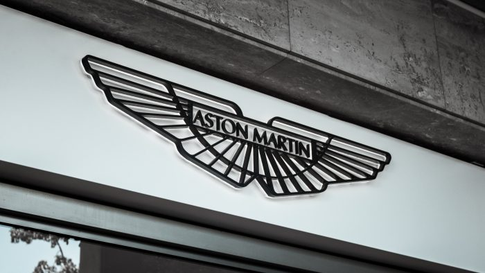 car logo with wings