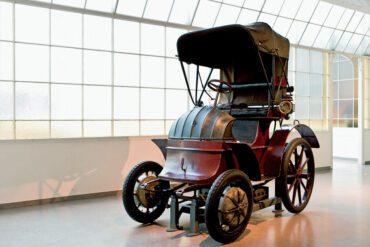 1900 Lohner Porsche Hybrid