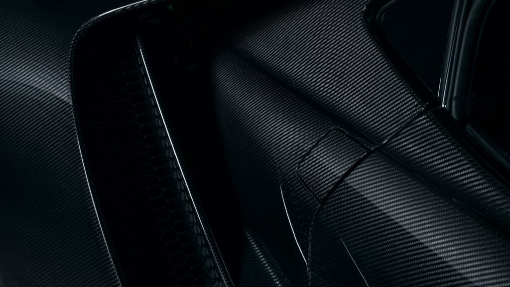 Ford GT reworked airscoop