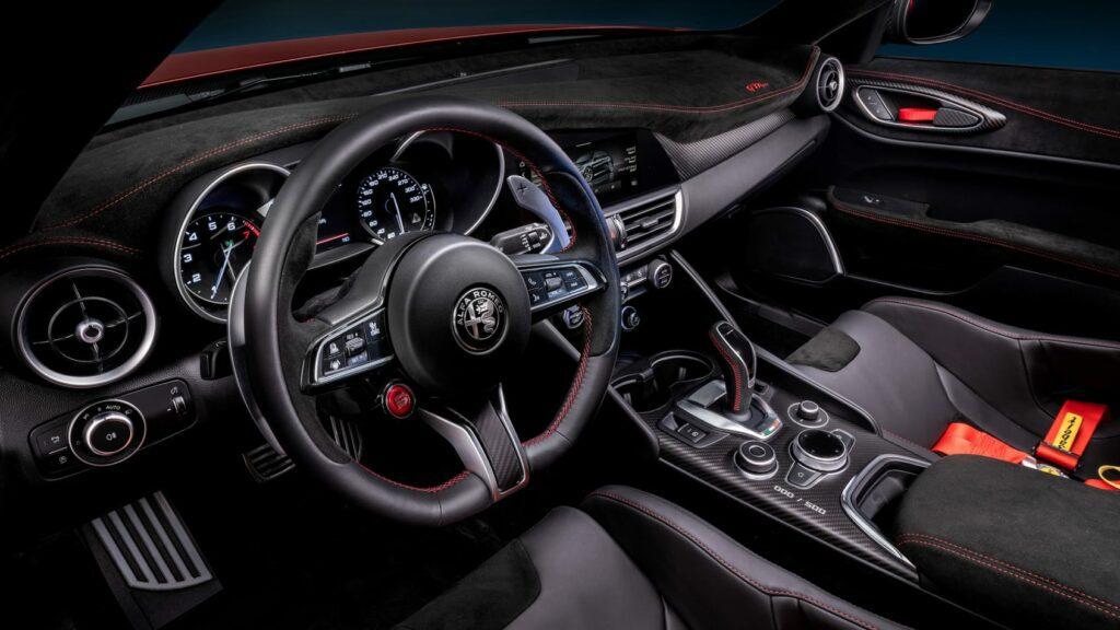 2021 Alfa Romeo Giulia Qadrifoglio GTA/GTAm