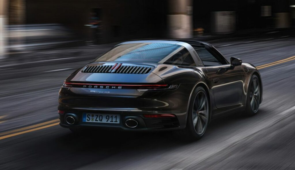 2020 Porsche 911 Targa 4 and 4S