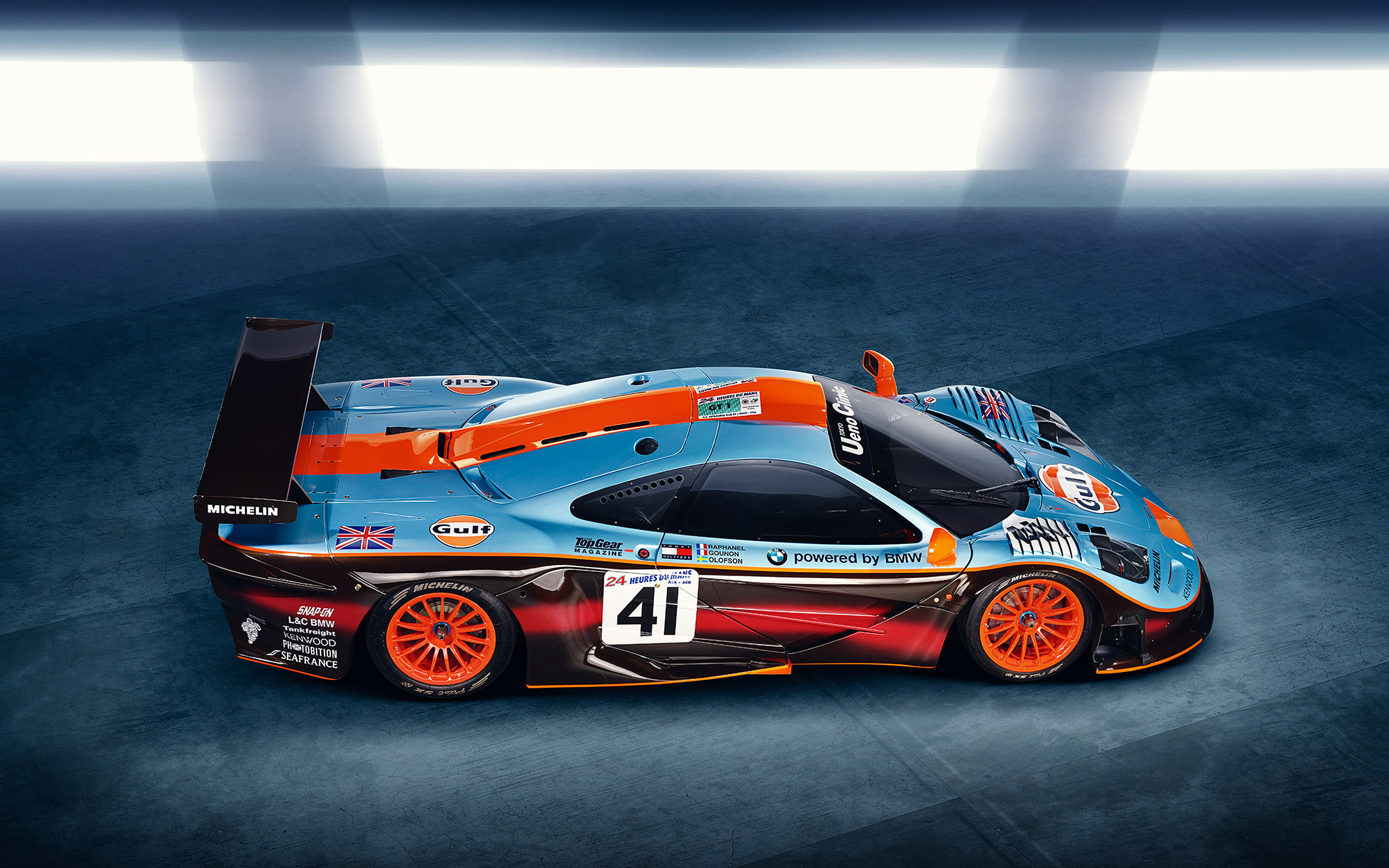 McLaren F1 GTR Long Tail Wallpapers