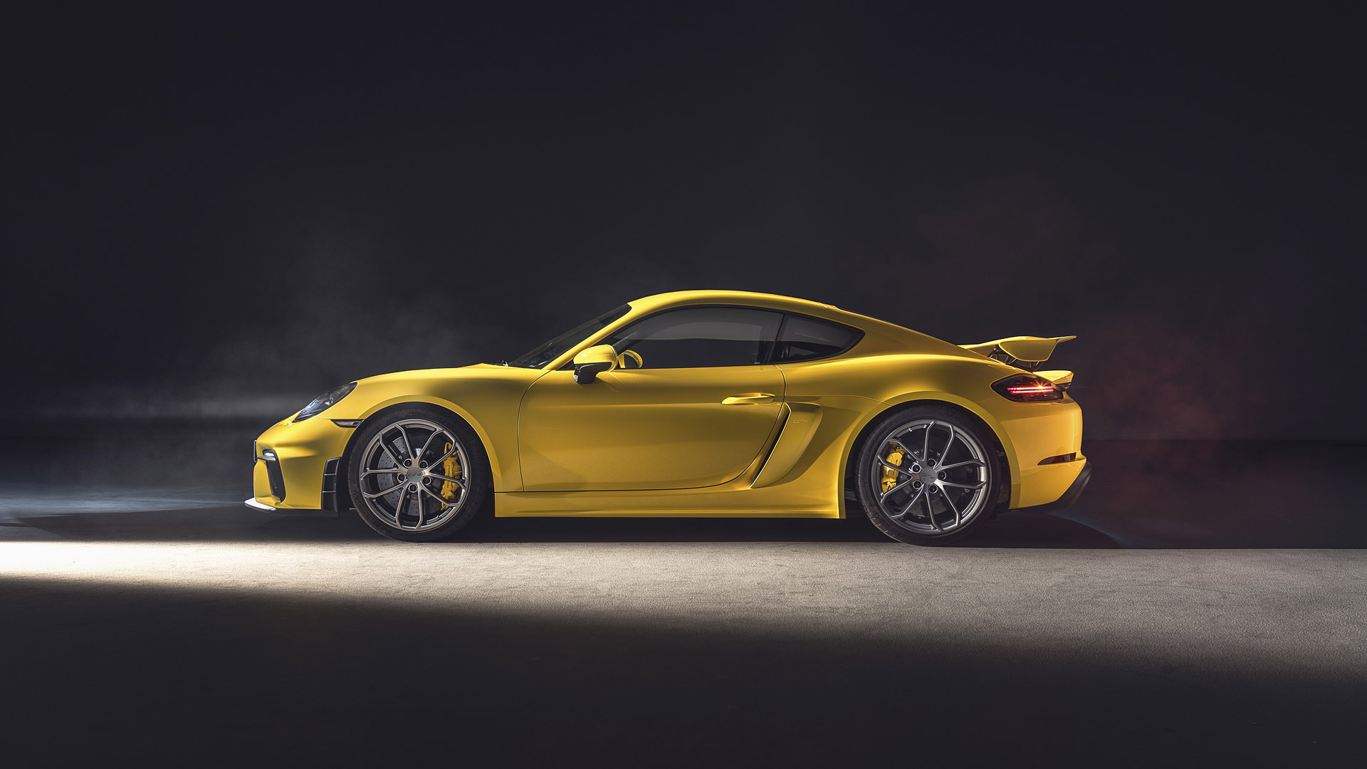 2019 Porsche 718 Cayman GT4 Wallpapers