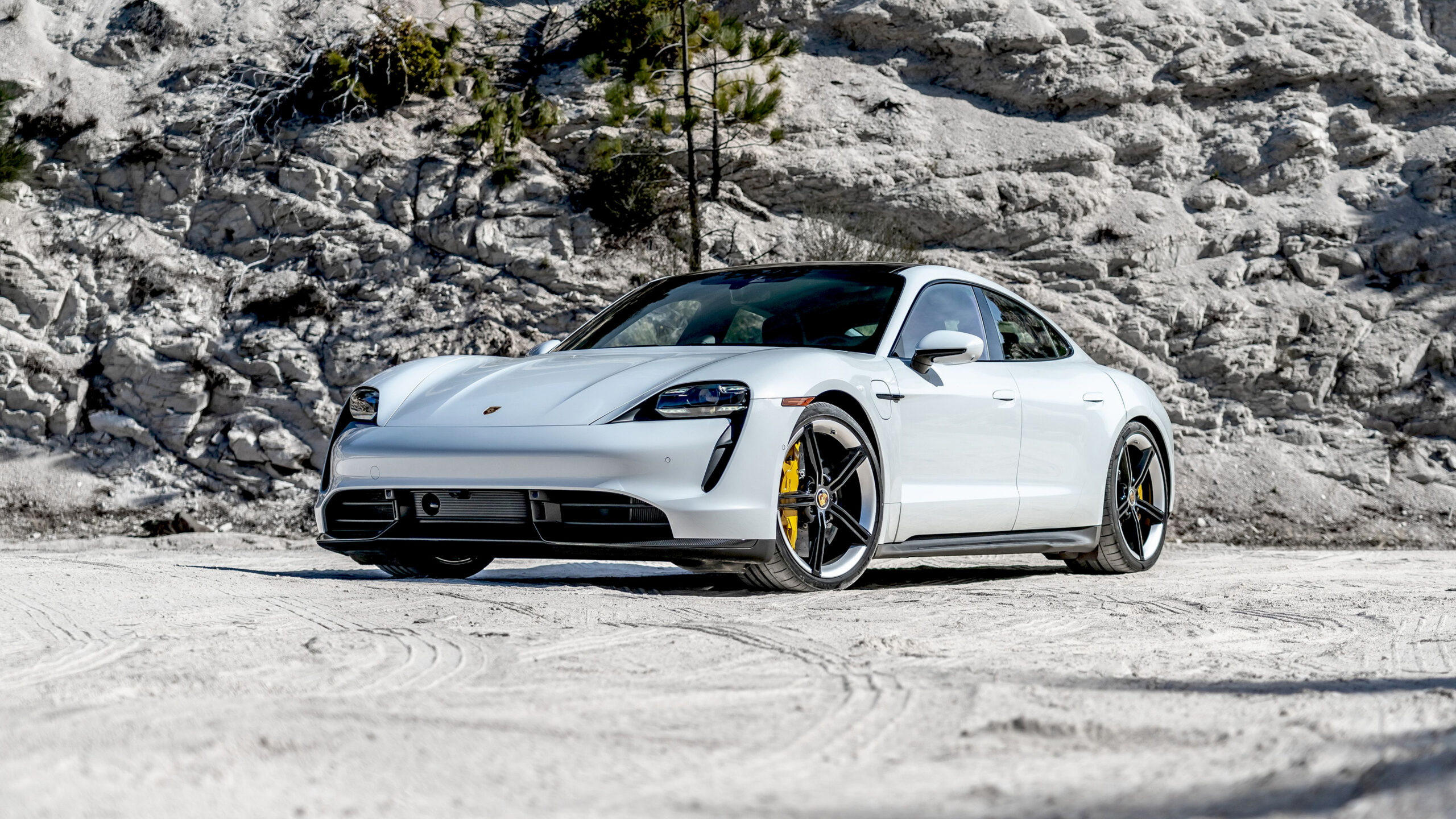 2020 Porsche Taycan Turbo S Wallpapers