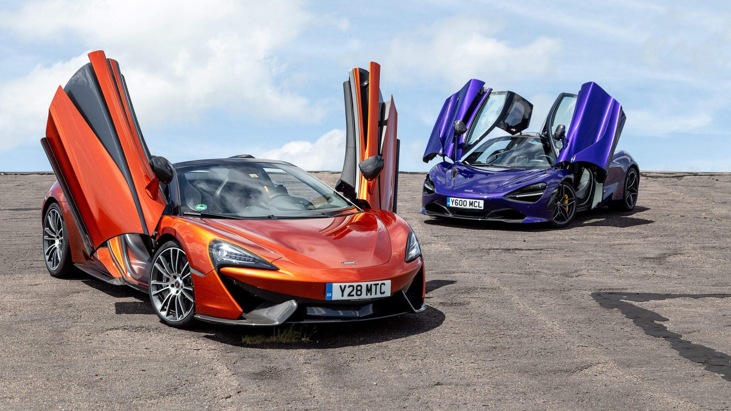 McLaren 570S Spider Wallpapers