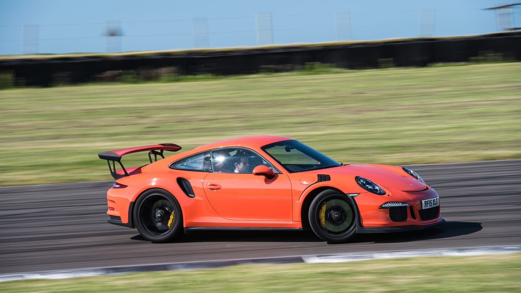 Porsche 911 GT3 RS (All Years) Wallpapers