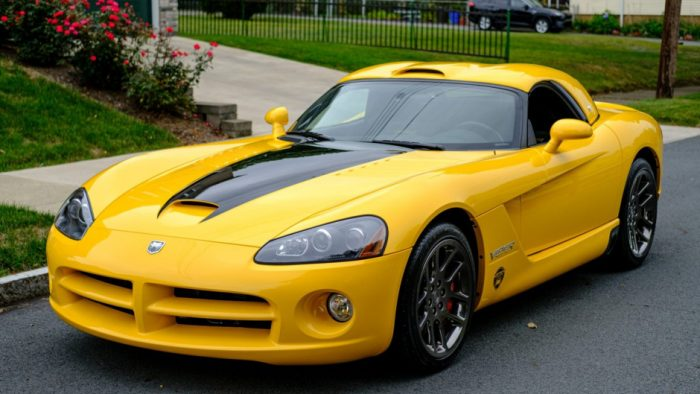 2005 Dodge Viper SRT-10 Roadster VCA Edition