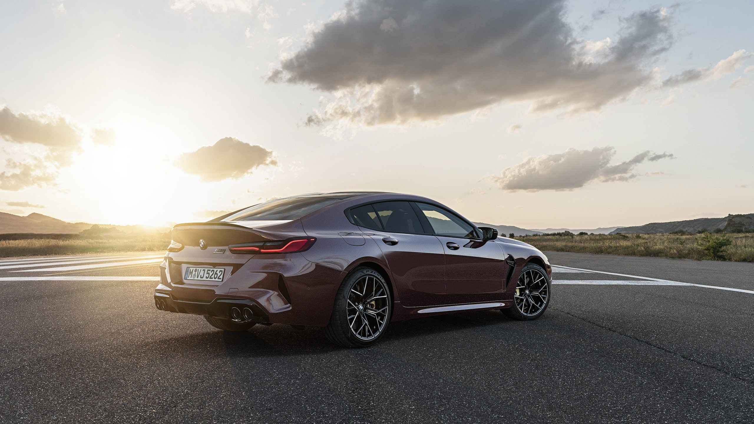 2020 BMW M8 Competition Wallpapers   SuperCars.net