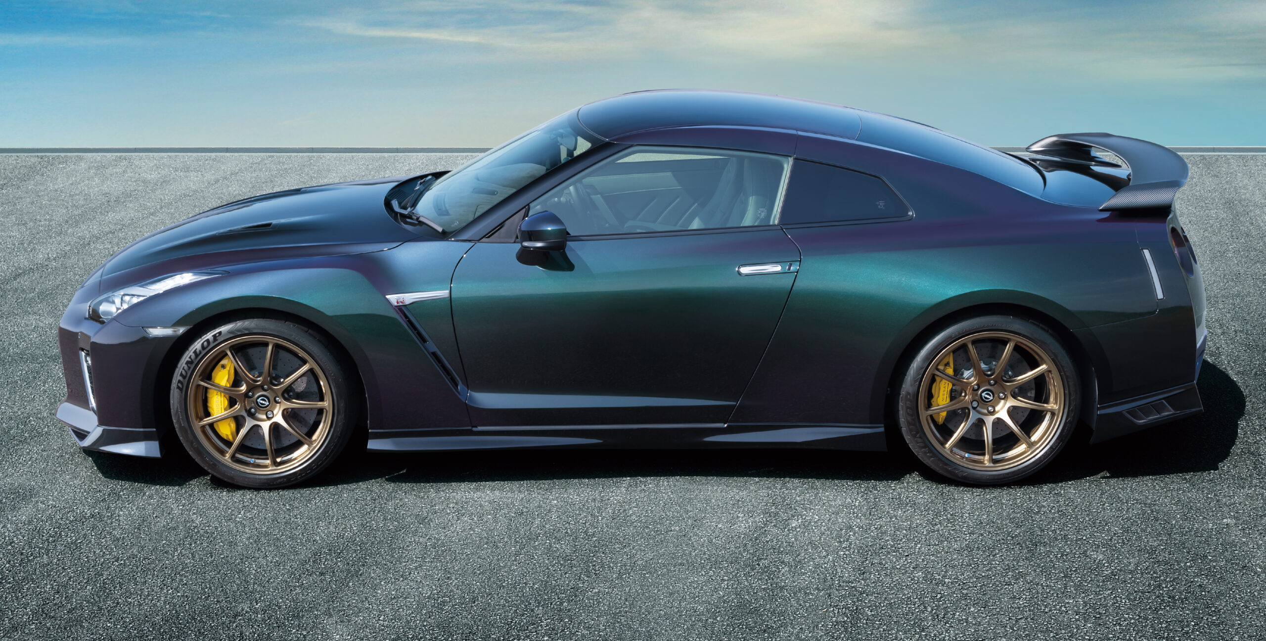 A side view of the Nissan GT R R 35 T