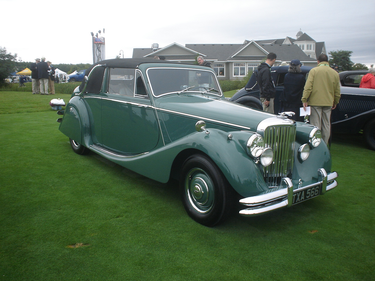 1950 Jaguar Mark V Drophead Coupe -1.JPG