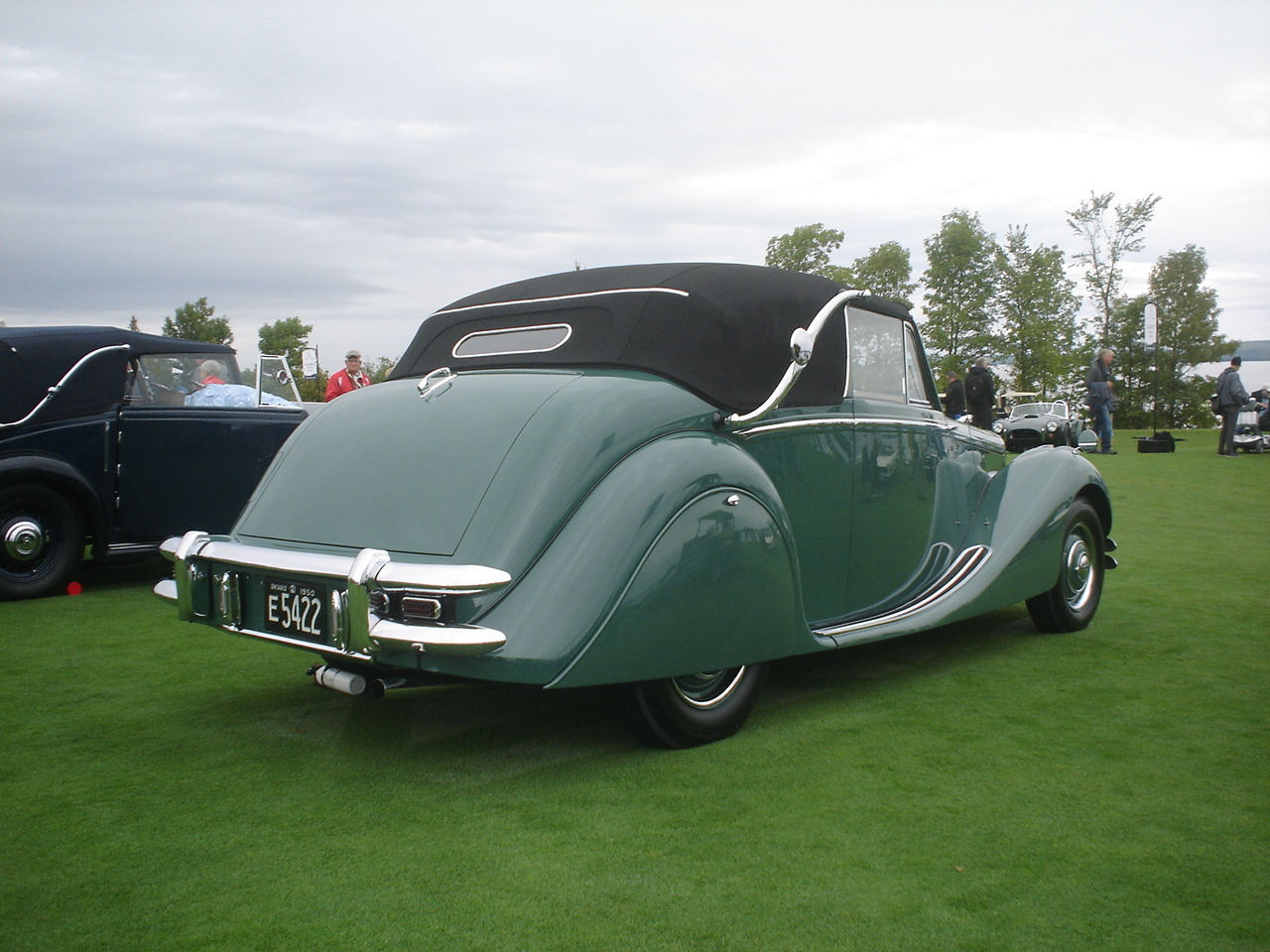 1950 Jaguar Mark V Drophead Coupe -3.JPG