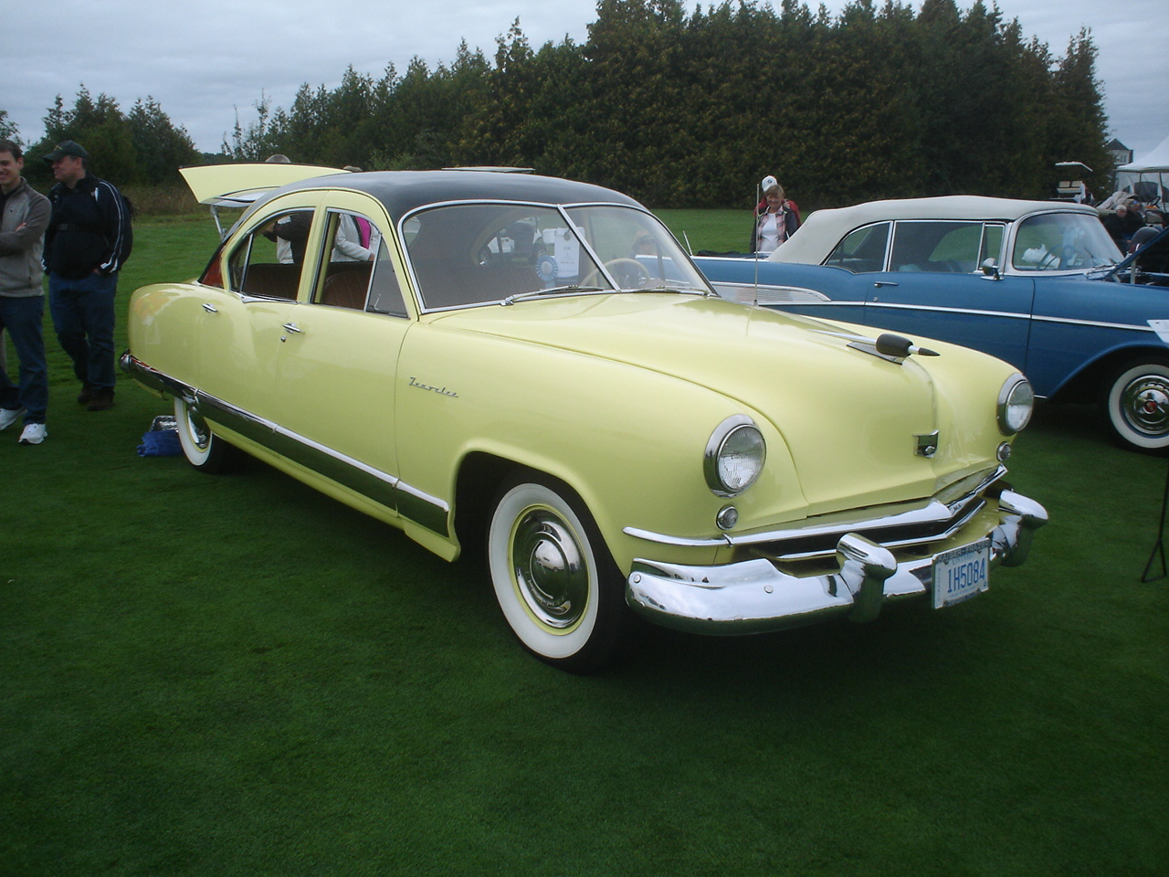 1952 Kaiser Virginian Deluxe Traveler 4-Door Sedan -2.JPG
